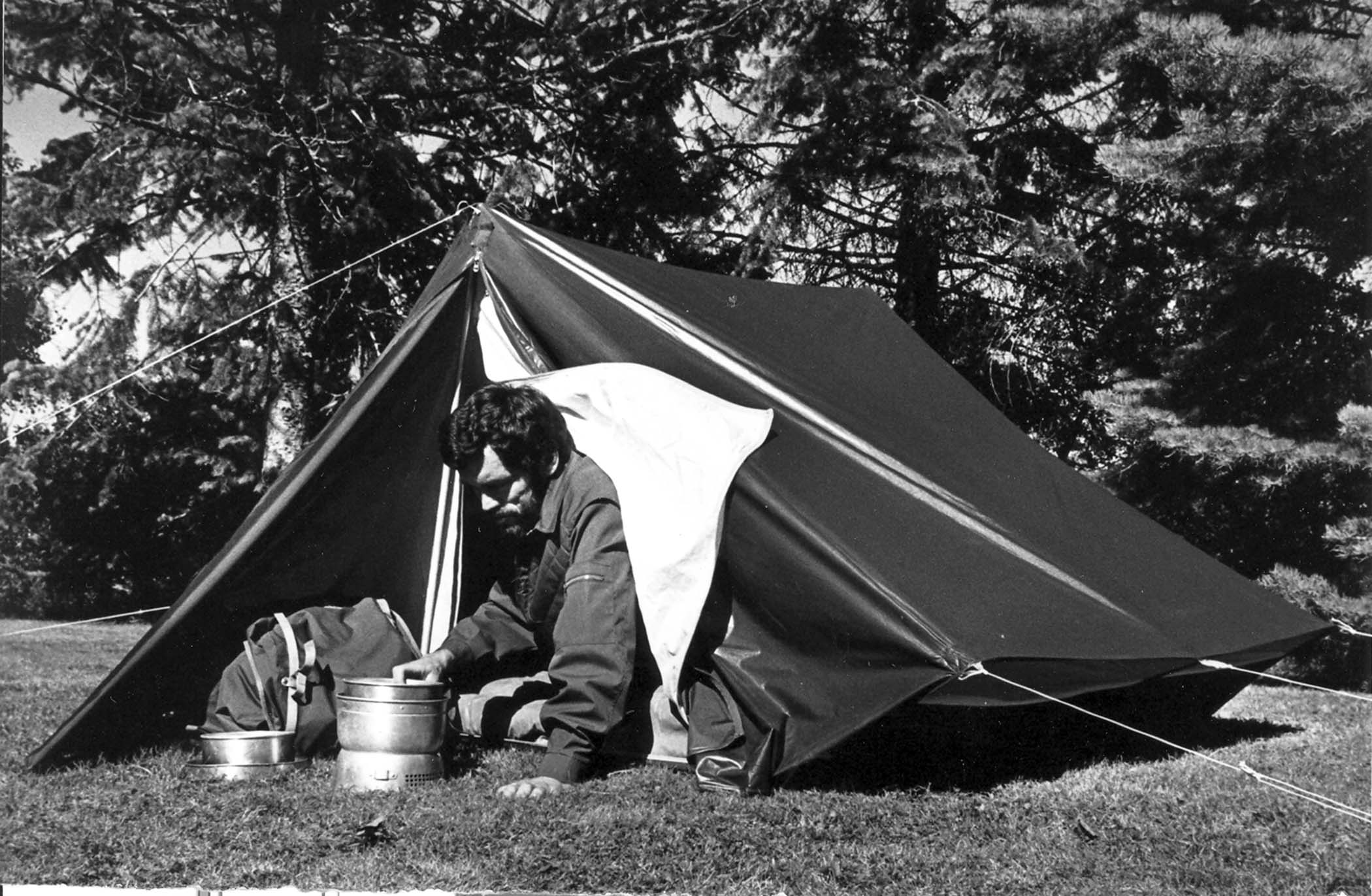 Bo Hilleberg testing the new Keb u2013 circa 1973. This was Hillebergu0027s first tent and the first commercial tent with a unitized double-wall construction. & The Worldu0027s Best Tentsu201445 Years in the Making u2013 Outside Daily